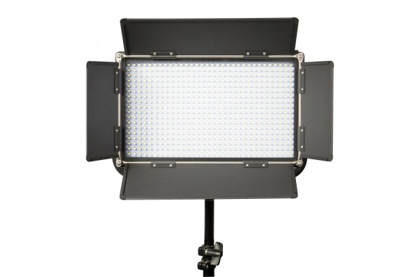 Swit S-2110DA, 576-LED Daylight Panel LED Light