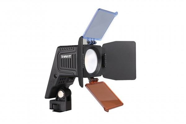 Swit S-2070, Chip Array LED On-camera Light