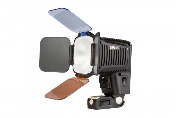 Swit S-2051, Chip Array LED On-camera Light