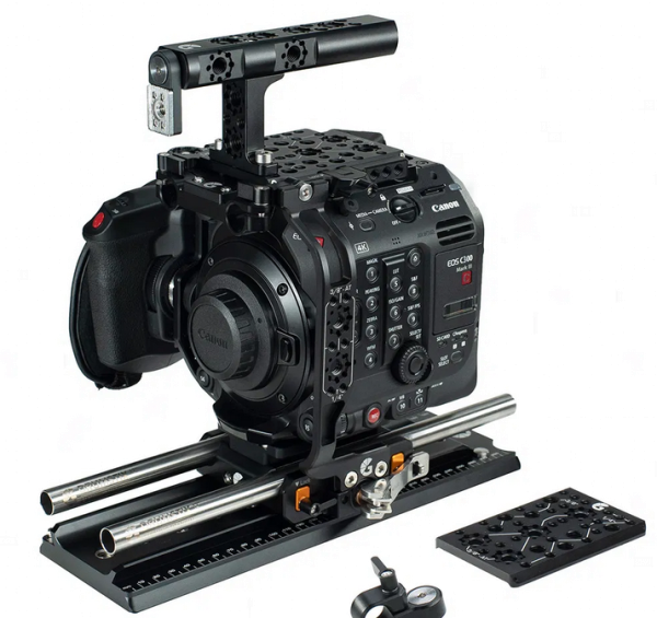 Bright Tangerine Canon C300 Mark III – Expert Kit