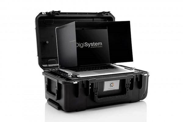 INOVATIV 1535 Pro Ultra Kit with DigiShade Universal for 13'' Laptop