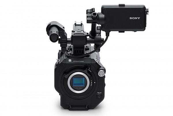 Sony FS7M2 incl. SELP18110G E-mount lens